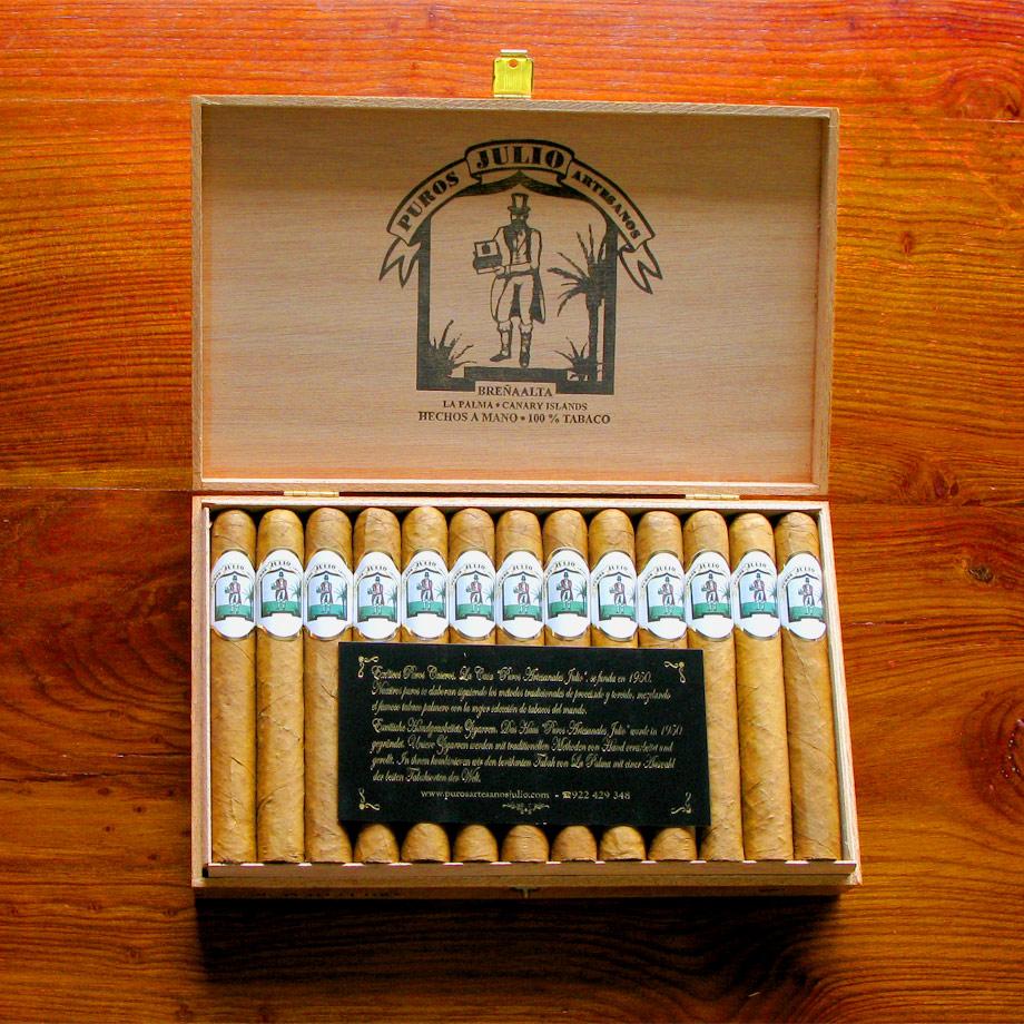 Puros Artesanos Julio Connecticut · Tabaco hecho en La Palma · Canarias