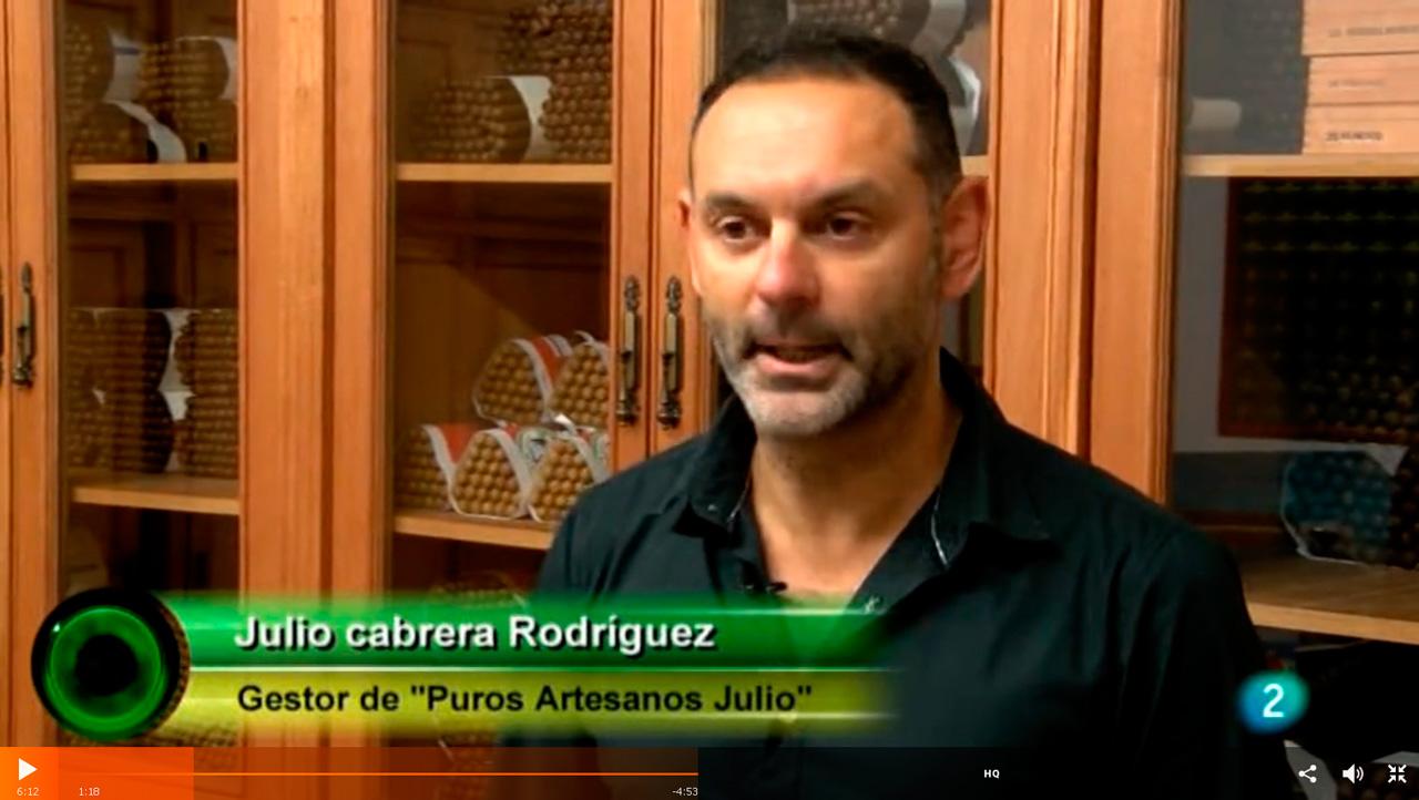 Reportaje Puros Julio en @agrosfera_tve · En primer plano: Artesanias Palmeras
